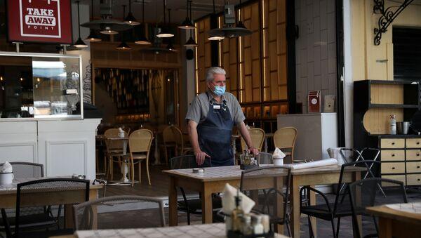 Una cafetería en Atenas - Sputnik Mundo