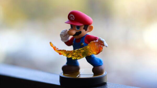Un muñeco de Super Mario Bros - Sputnik Mundo