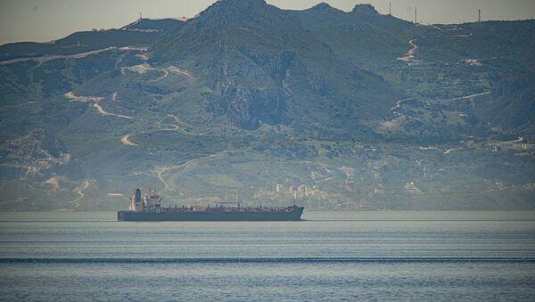 Uno de los buques iraníes con destino a Venezuela navega en aguas internacionales (archivo) - Sputnik Mundo