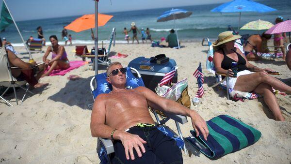 Una playa en Nueva Jersey, EEUU - Sputnik Mundo