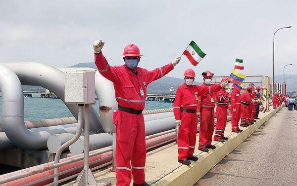 Bienvenida al barco petrolero iraní Fortune en la refinería El Palito, en Venezuela - Sputnik Mundo