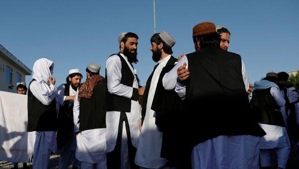 Prisioneros talibanes liberados en Afganistán - Sputnik Mundo
