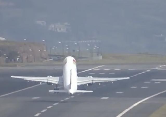 Avión de TAP tiene problemas para despegar en Madeira, Portugal
