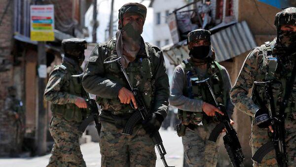 Soldados indios en Cachemira - Sputnik Mundo