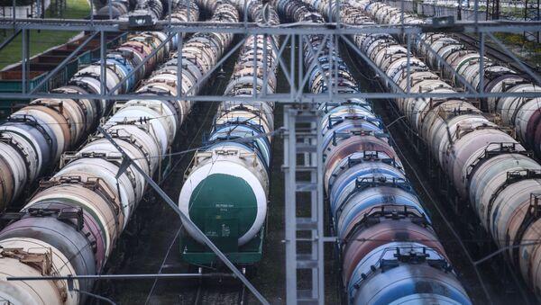 Cisternas para transportación de petróleo - Sputnik Mundo
