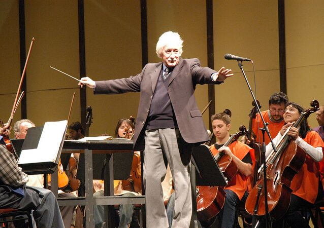 Federico García Vigil, compositor y director de orquesta uruguayo