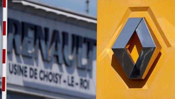 El logo del fabricante de automóviles Renault - Sputnik Mundo