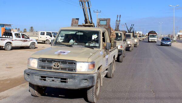 Vehículos militares en Libia - Sputnik Mundo