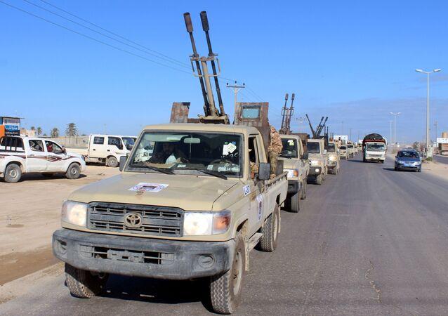 Vehículos militares en Libia