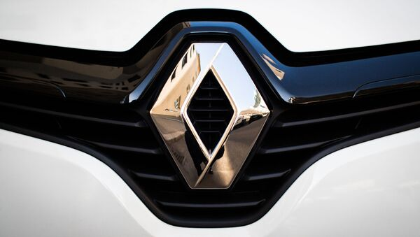 Logo Renault - Sputnik Mundo