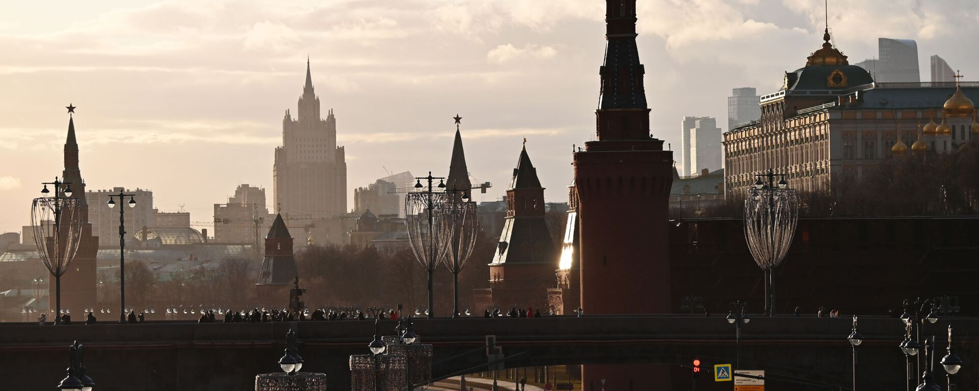 El Kremlin y el Ministerio de Exteriores de Rusia en Moscú - Sputnik Mundo, 1920, 31.05.2021