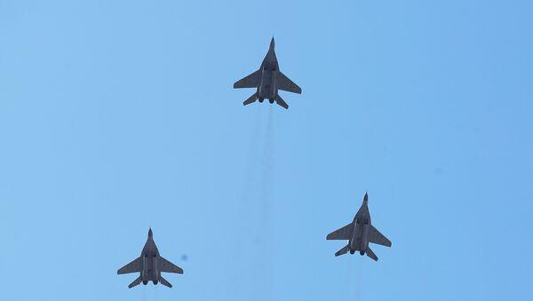 Unos cazas ucranianos modelo MiG-29 (archivo) - Sputnik Mundo