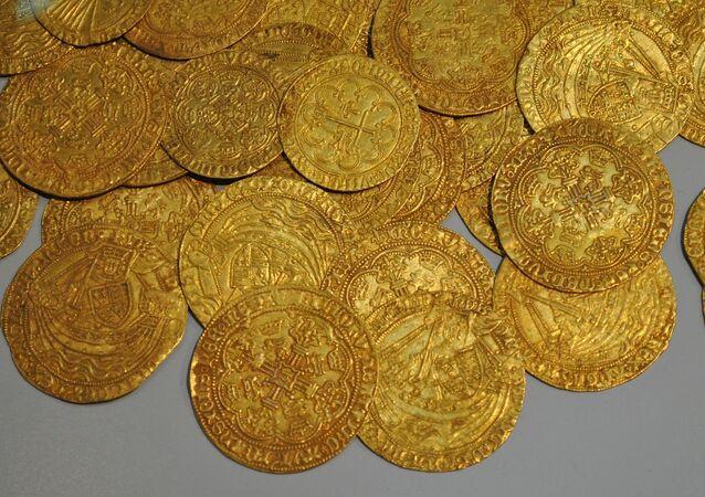 Unas monedas antiguas (imagen referencial)