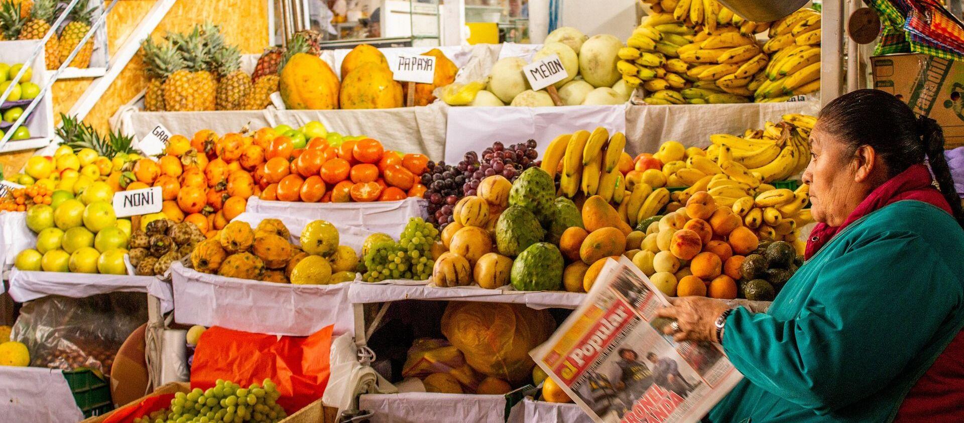 Una tienda de frutas en Perú - Sputnik Mundo, 1920, 01.06.2020