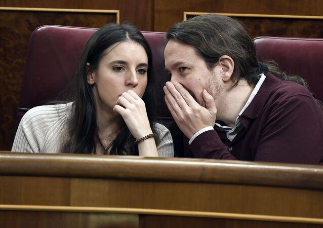 Irene Montero y su marido Pablo Iglesias en el Congreso de los Diputados