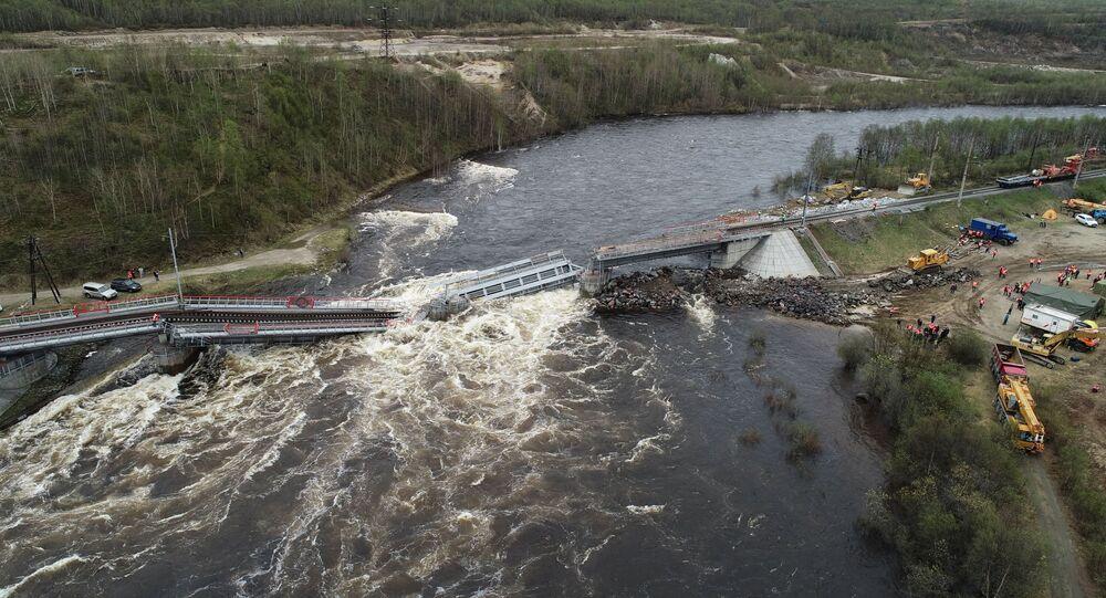 Un puente se desploma en Múrmansk, Rusia
