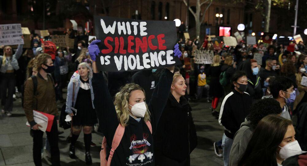 Una manifestación en Sídney por la muerte del afroamericano George Floyd en EEUU
