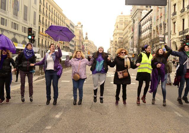Manifestación de mujeres feministas en Madrid