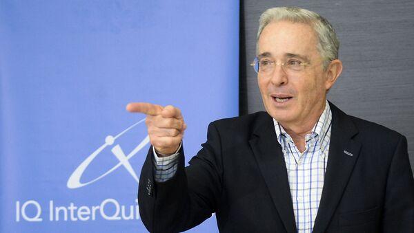 Álvaro Uribe, expresidente y actual senador de Colombia - Sputnik Mundo