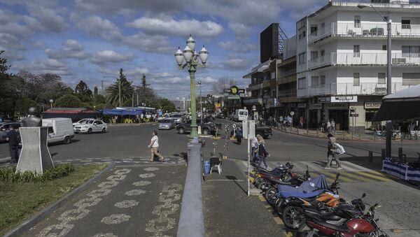 La frontera entre Santana do Livramento, en Brasil, y Rivera, en Uruguay - Sputnik Mundo