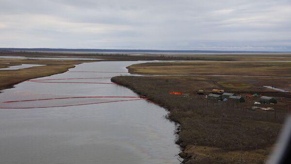 Derrame de combustible diesel en Norilsk - Sputnik Mundo