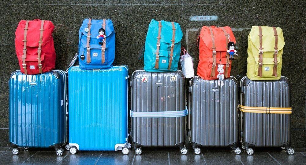Unas maletas, referencial