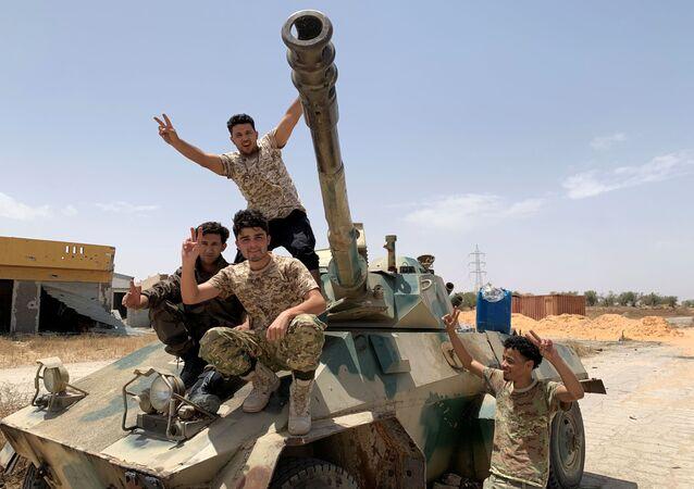 Militares de las fuerzas del Gobierno de Acuerdo Nacional (GAN) de Libia