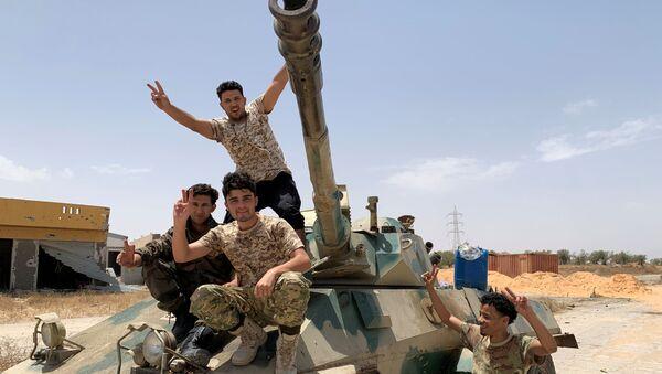 Militares de las fuerzas del Gobierno de Acuerdo Nacional (GAN) de Libia - Sputnik Mundo