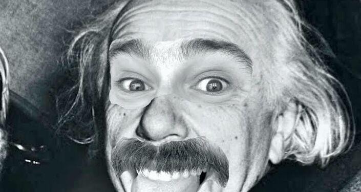 Paco Pajuelo vestido como Albert Einstein