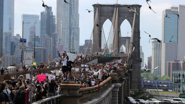 Protestas antirracistas en Nueva York, EEUU - Sputnik Mundo