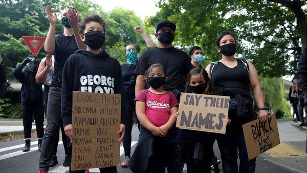 Manifestantes en Seattle - Sputnik Mundo