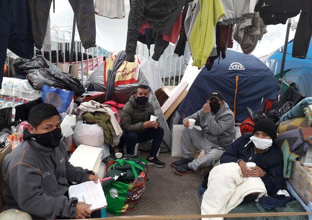 Ciudadanos peruanos varados en Chile