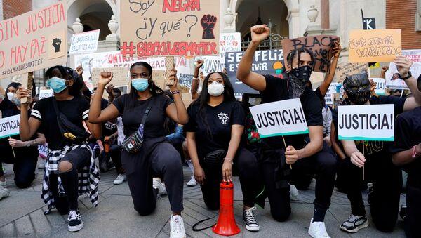 La protesta en Madrid - Sputnik Mundo