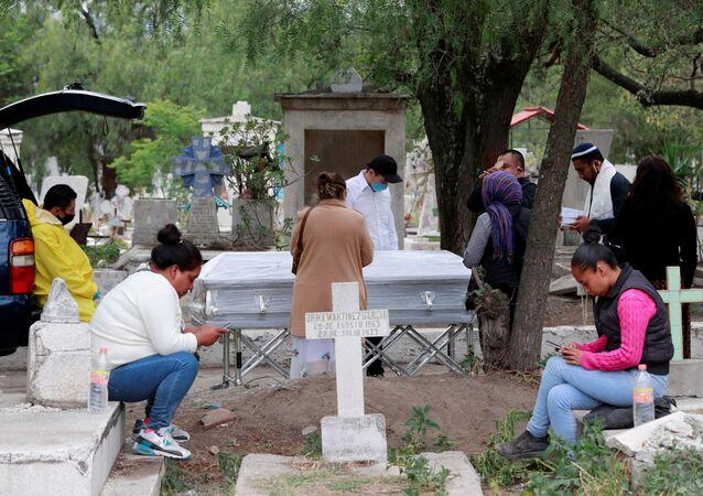 La situación en cementerios mexicanos