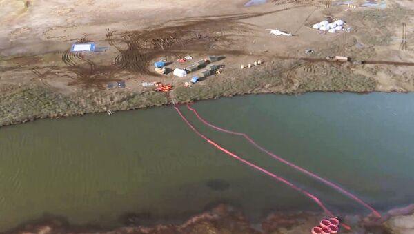 Consecuencias del derrame de combustible en la ciudad rusa de Norilsk - Sputnik Mundo