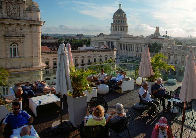 Café en una azotea en el centro de La Habana, Cuba (archivo)