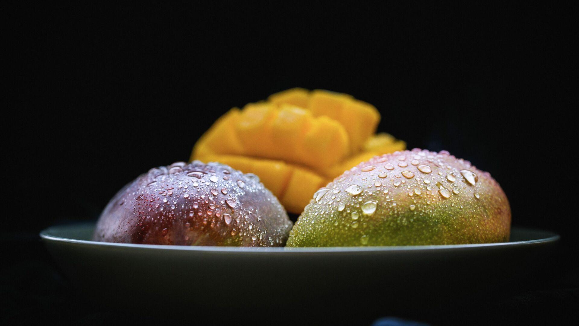 Mango - Sputnik Mundo, 1920, 26.06.2021