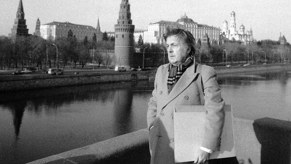 El aniversario del natalicio de Iliá Glazunov, el autor de la obra 'Rusia eterna' - Sputnik Mundo