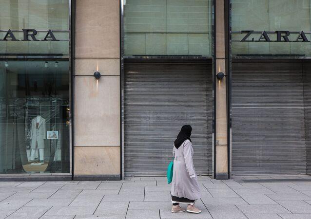 Tienda de Zara cerrada durante la pandemia por COVID-19