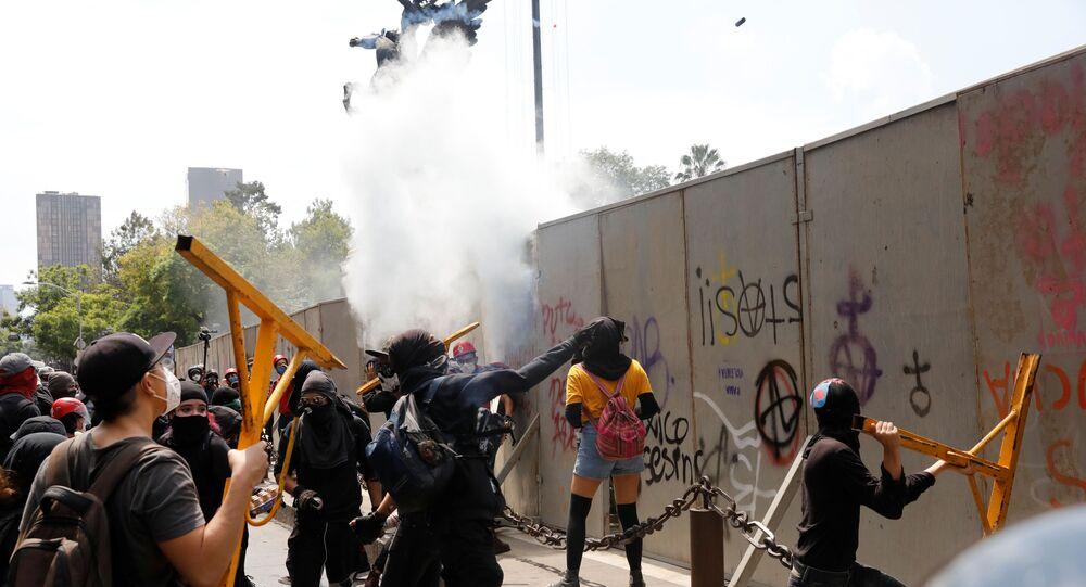 Una manisfetación contra la brutalidad policial en México, tras la muerte de Giovanni López