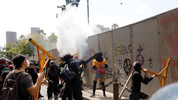 Una manisfetación contra la brutalidad policial en México, tras la muerte de Giovanni López - Sputnik Mundo