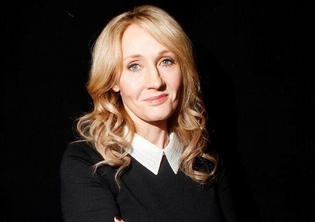 J.K. Rowling, escritora británica