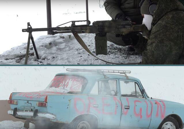 Expertos de Kalashnikov ponen a prueba un mito popular de Hollywood