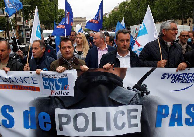 Manifestación de agentes de seguridad en París