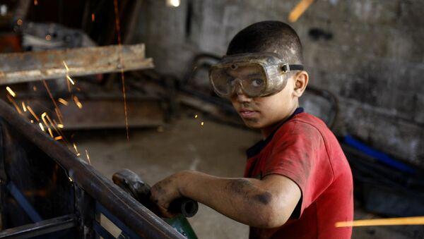 Trabajo infantil, imagen referencial - Sputnik Mundo