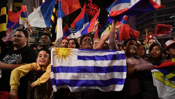 Partidarios del Frente Amplio en Uruguay - Sputnik Mundo