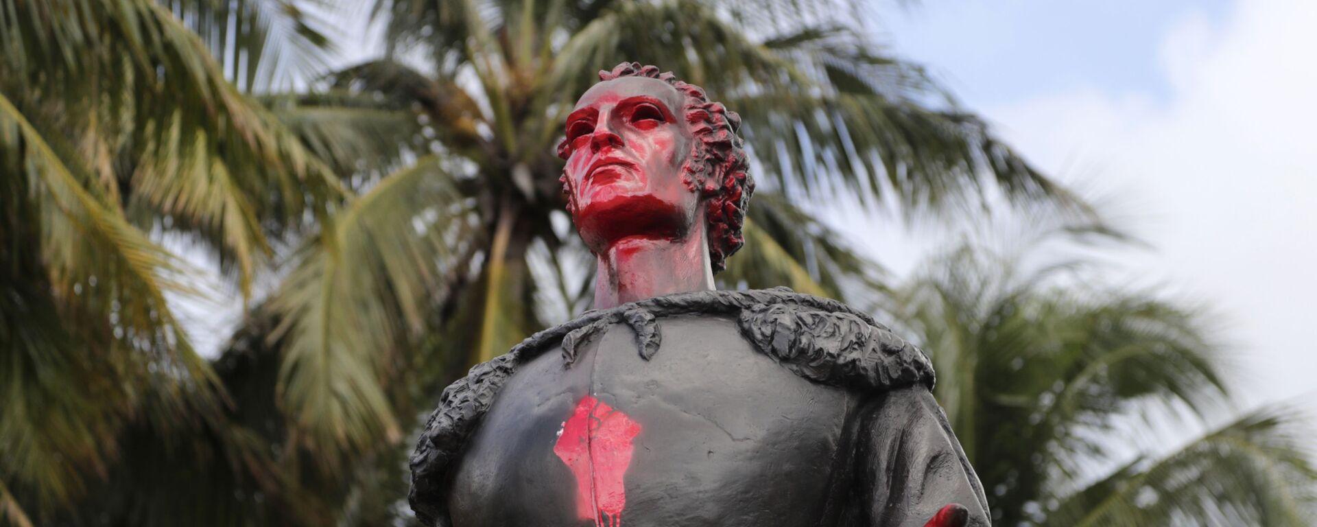 Una estatua de Cristóbal Colón en Miami - Sputnik Mundo, 1920, 11.05.2021
