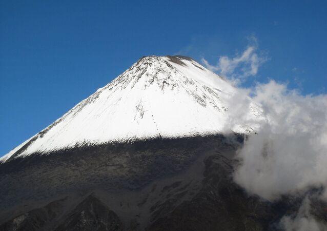 Volcán Sangay en Ecuador