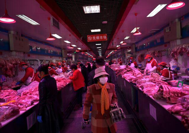 El mercado de Xinfadi, donde fue detectado el rebrote de COVID-19 (archivo)