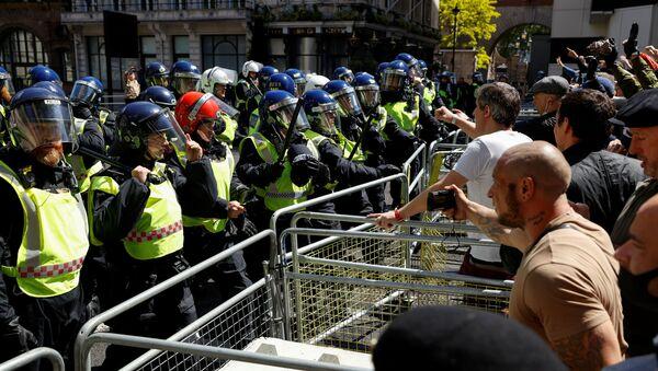 Las protestas antirracistas en Londres - Sputnik Mundo